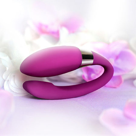 LELO Noa Deep Rose Couples Vibrator 5